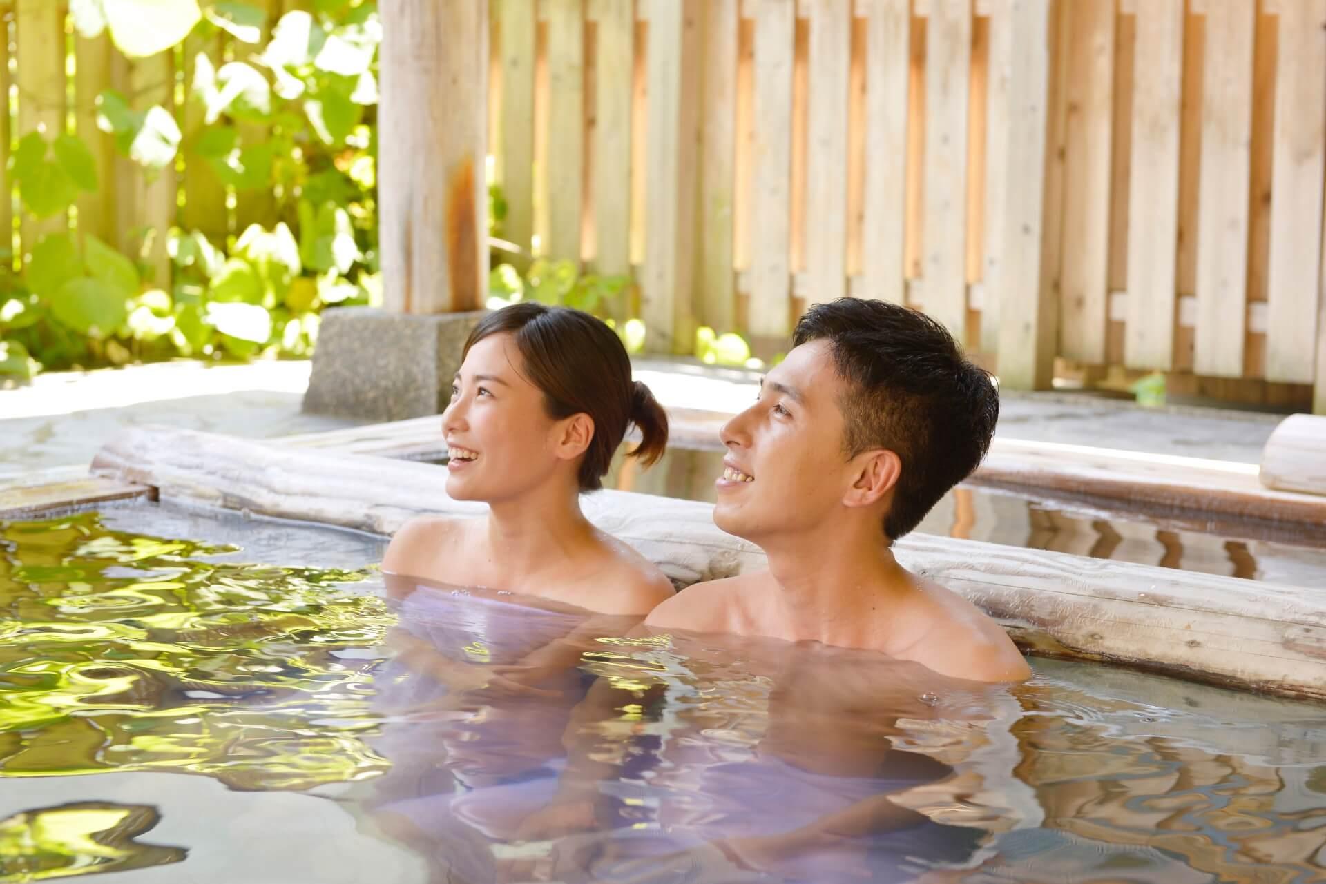恋人と貸切風呂